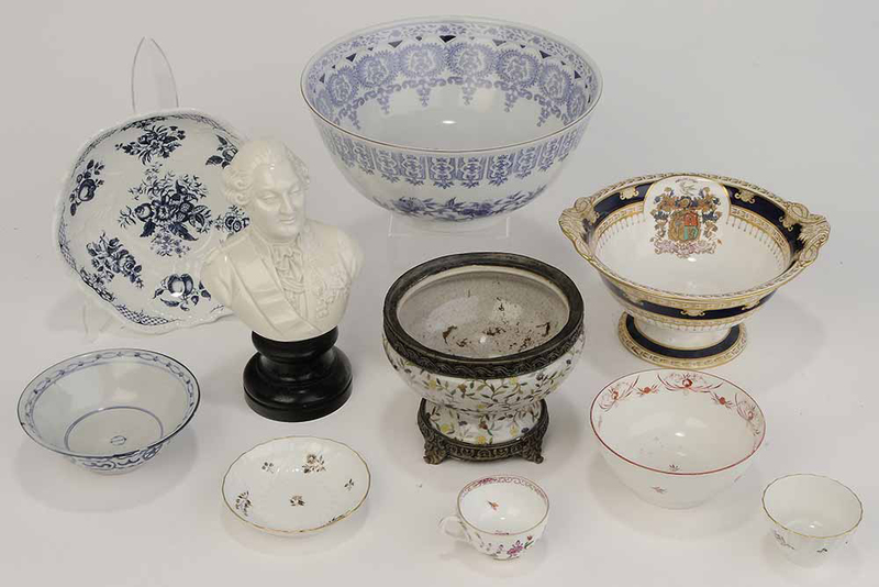 Ten Assorted Pieces of Porcelain