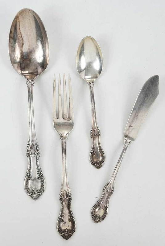 19 Pieces Lambeth Manor Sterling Flatware
