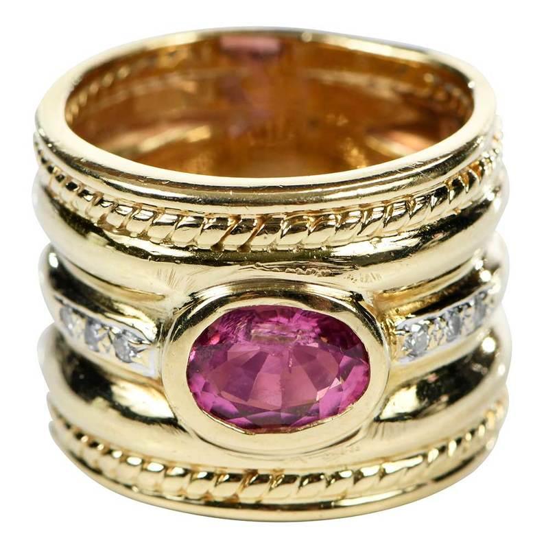 18kt. Tourmaline & Diamond Ring