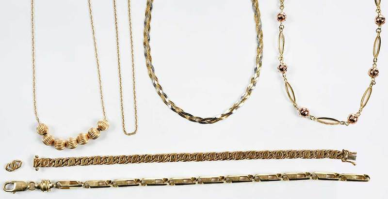 Six 14kt. Gold Chains