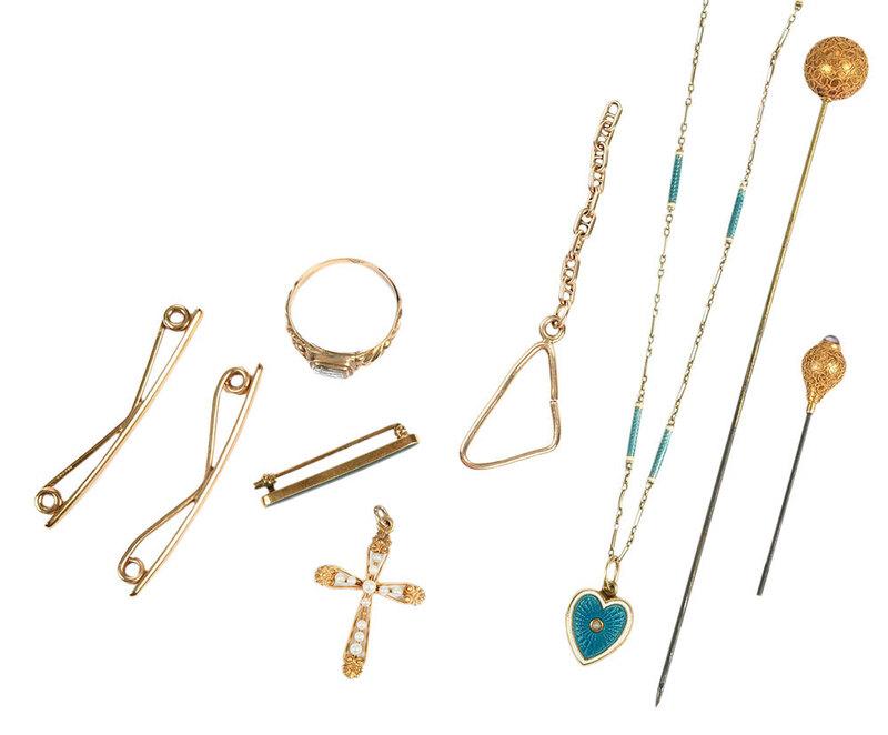 Nine Pieces Antique Gold Jewelry