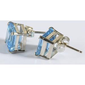 14kt. Blue Topaz & Diamond Jewelry