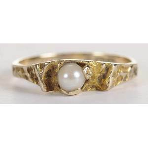 14kt. Pearl Ring