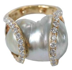18kt. Diamond & Pearl Ring