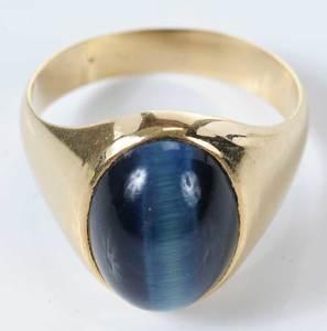 18kt. Gentleman's Cat's Eye Ring