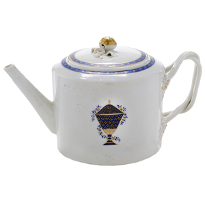 Chinese Export Tea Pot With Blue Urn