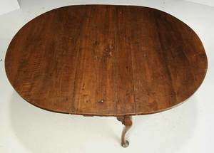 Pennsylvania Chippendale Walnut Drop Leaf Table