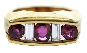 18kt. Ruby & Diamond Ring