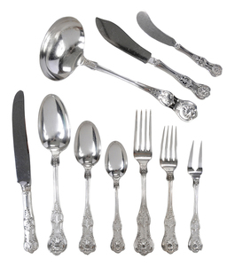 King Style Pattern Silver Flatware, 103 pieces