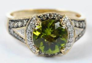 LeVian 14kt. Peridot & Diamond Ring