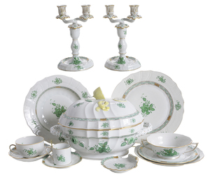 85 Pieces Herend Chinese Bouquet