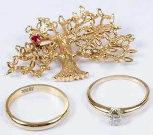 Three Pieces 14kt. Jewelry