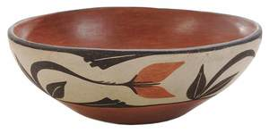 Santo Domingo Pueblo Pottery Decorated Dough Bowl