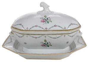 Chinese Export Tureen and Under Plate