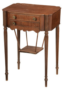 New England Federal Style Mahogany Sewing Table