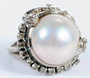 10kt. Pearl & Diamond Ring