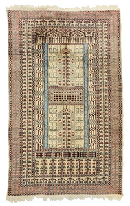 Ivory Field Turkish Rug