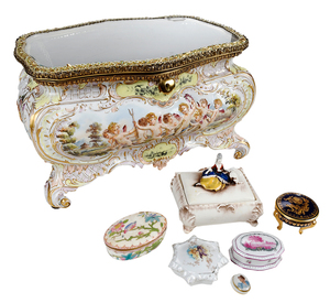 Capo-di-Monti Case with Six Porcelain Boxes