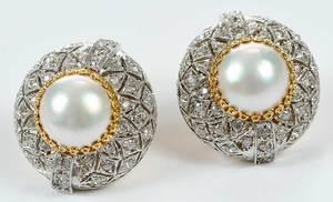Pearl Earclips