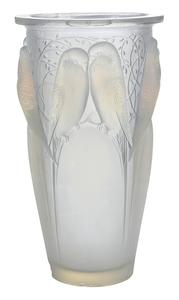 Rene Lalique Huit Perruches Vase