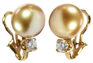 18kt. Pearl & Diamond Earrings