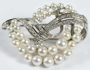 Platinum, Diamond & Pearl Brooch