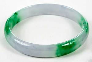 Green Hardstone Necklace and Bracelet