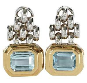 14kt. Blue Topaz Earrings