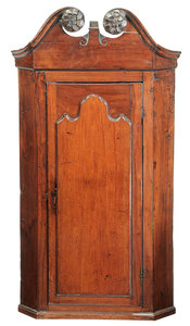 George II Mahogany Hanging Corner Cupboard