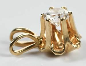 Three Pieces Gold Jewelry