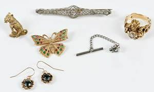 Five pieces Jewelry