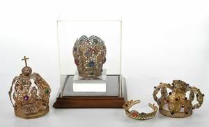 Four Gilt Devotional Crowns