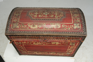 Paint Decorated Dome Top Trunk