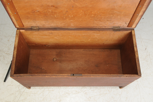 Country Red Painted Lift Top Chest