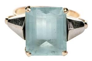 18kt. Aquamarine Ring