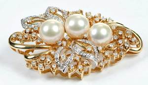 14kt. Gold Diamond & Pearl Brooch