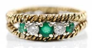 18kt. Gold Diamond & Emerald Ring