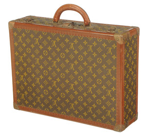 Louis Vuitton Monogram Canvas Bisten Suitcase