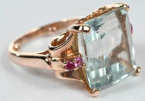 14kt. Aquamarine Ring