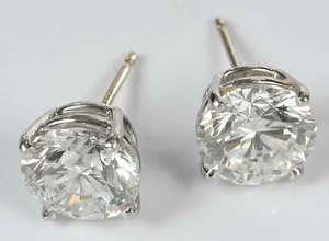 14kt. Gold Diamond Stud Earrings