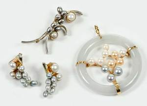 Three Pieces Pearl Jewelry