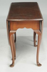 Queen Anne Walnut Drop Leaf Table