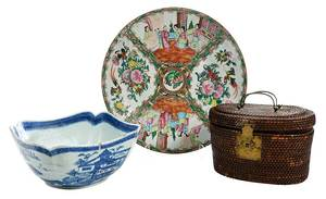 Three Pieces Chinese Export Porcelain
