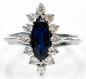 18kt. Gold, Sapphire & Diamond Ring