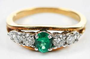 18kt. Gold, Emerald & Diamond Ring
