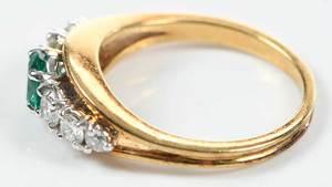 18kt. Gold, Emerald & Diamond Ring