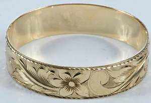 14kt. Gold Bangle Bracelet