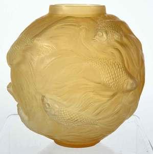 R. Lalique Formose Glass Vase
