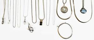 15 Pieces Assorted Gold and Silver Jewelry