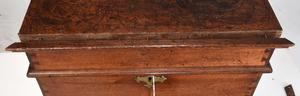 Very Rare Southern Chippendale Walnut Cellarette